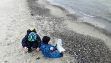 Naturdagplejebørn en tur ved stranden